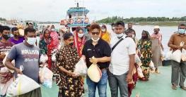 বাগেরহাটের মোংলায় ক্ষতিগ্রস্থদের খাদ্য সহায়তা