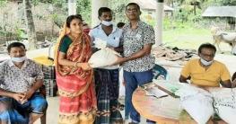 রামপালে সাবেক সাংবাদিক মহব্বতের খাদ্য সহায়তা প্রদান